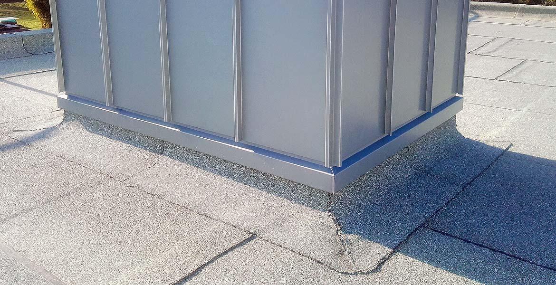 Bevorzugt Dachabdichtungen mit Bitumen, Kunststoff oder Kautschuk XL24